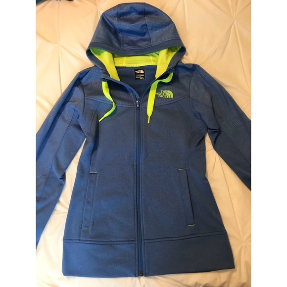 4f1f03ea98 North Face Women s Zip-Up Hoodie